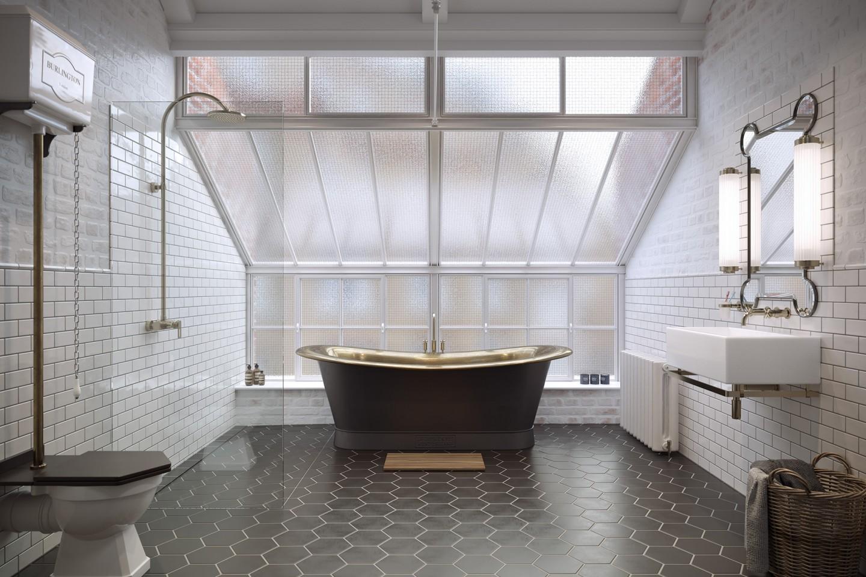 AOI Studios - Loft Family Bathroom